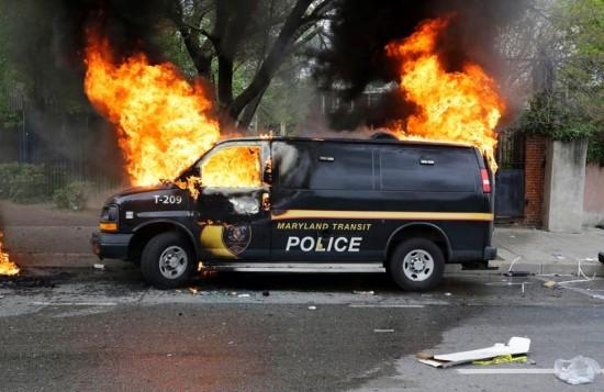 suspect-dies-baltimore